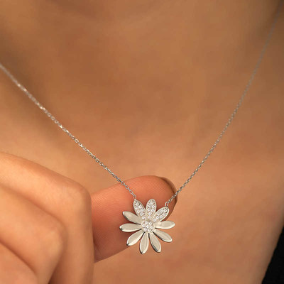 Gumush - Gümüş Çiçek Bayan Kolye (1)