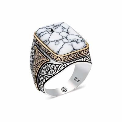 Gumush - Gümüş Desenli Beyaz Havlit Taşlı Kare Erkek Yüzük