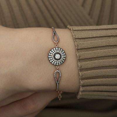 Gumush - Gümüş Elmas Montür Çiçek Bayan Bileklik (1)