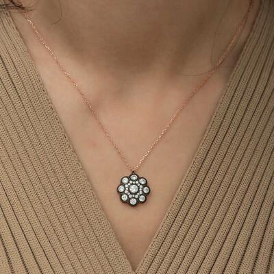 Gumush - Gümüş Elmas Montür Çiçek Bayan Kolye (1)
