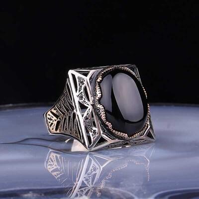 Gumush - Gümüş Siyah Zirkon Taşlı Kare Erkek Yüzük
